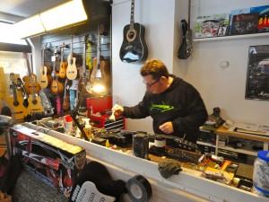 Service Gitarren